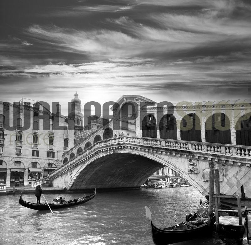 Gondola On Grand Canal Italy No 18427